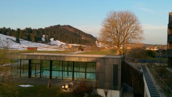 hotel-kaufmann_blick über pool